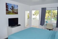 Hotel-Room-4